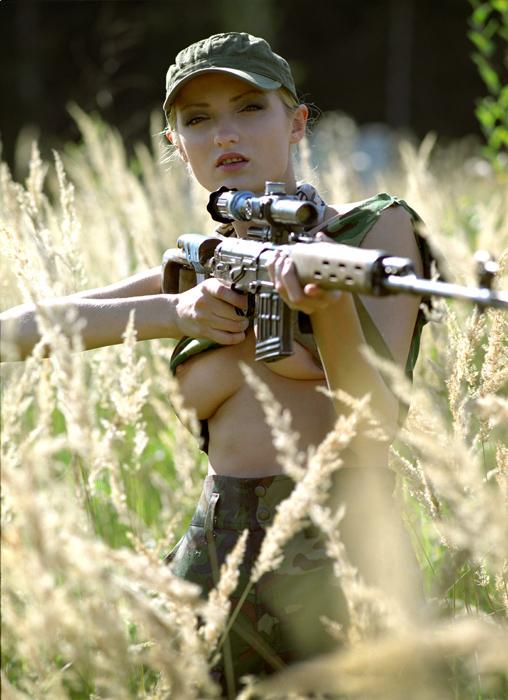 Фото оружия с телками