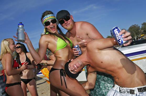 Пьяные Весенние каникулы