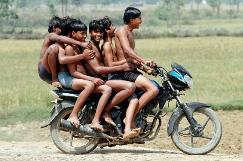 Тем временем, в Индии