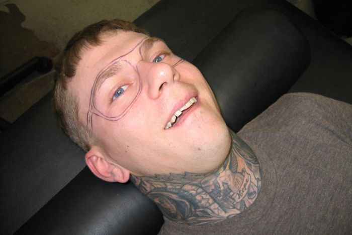 странная татуировка
