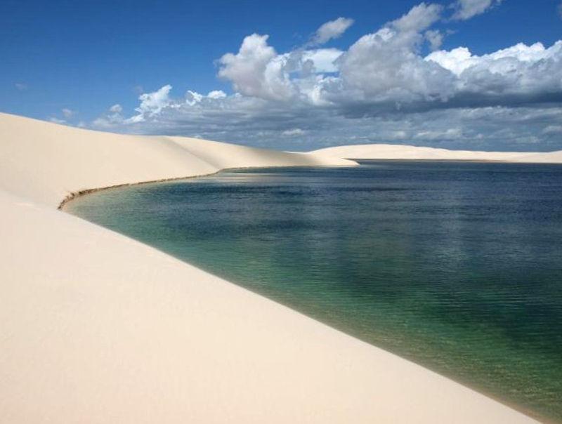 Красивый Оазис в Пустыне