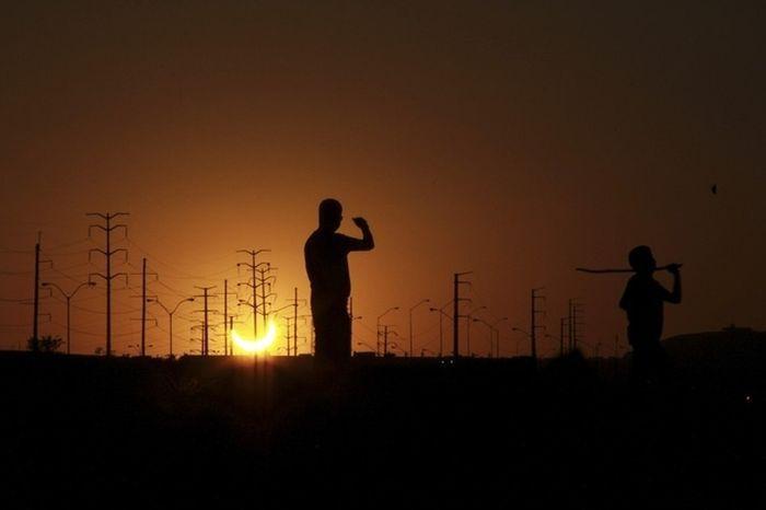 Красивые фотографии Солнечного Затмения
