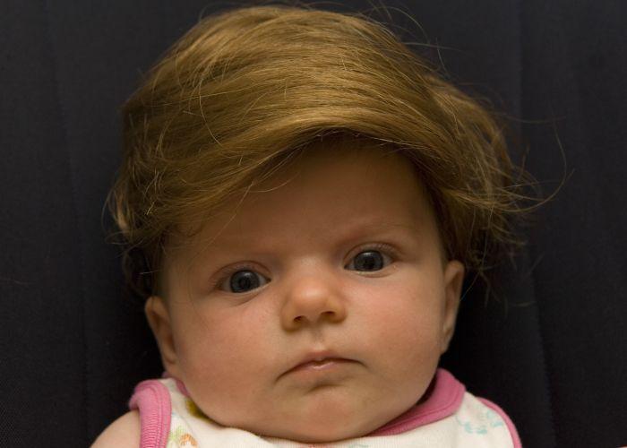 Дети в париках