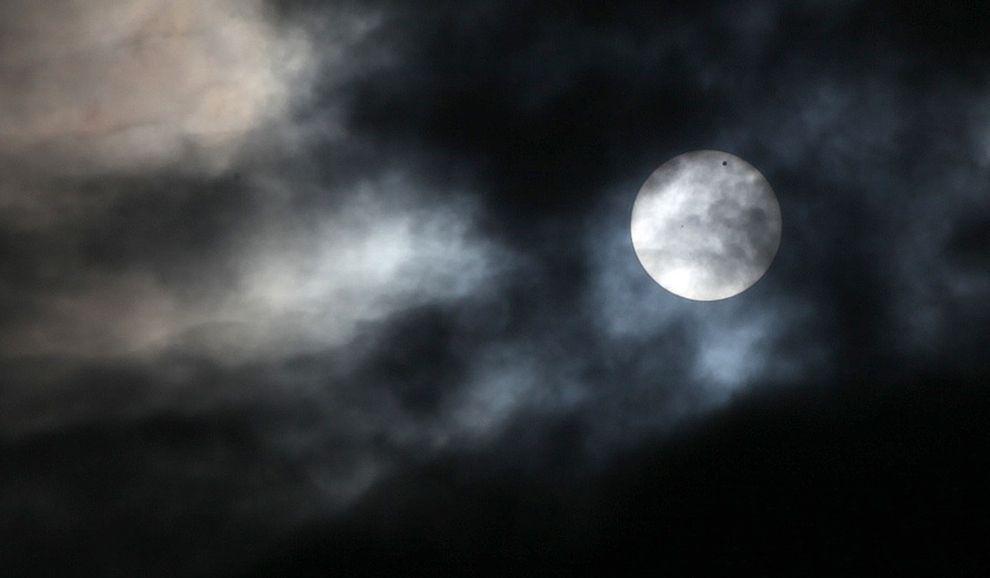 Захватывающее Прохождение Венеры в фотографиях