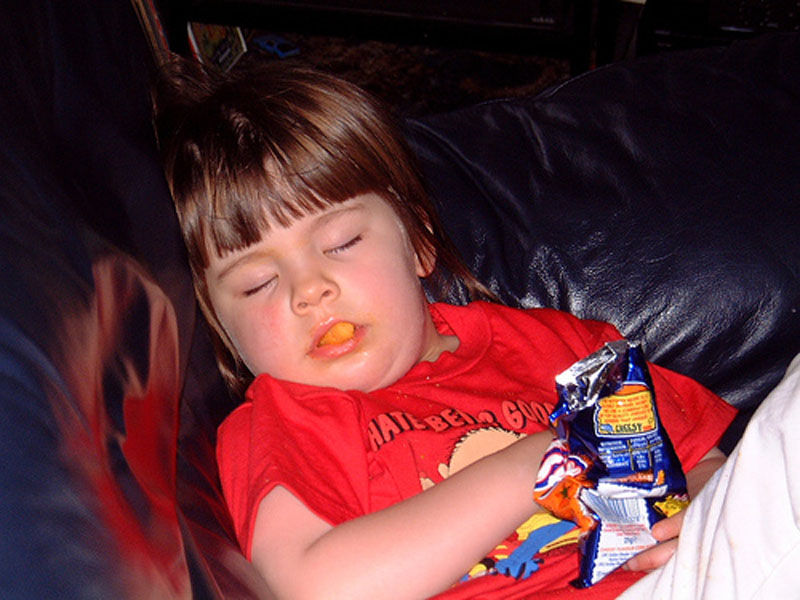 Дети Уснувшие во время еды