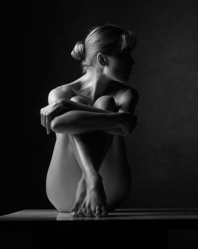 Черно белая эротическая фотосессия 1 фотография