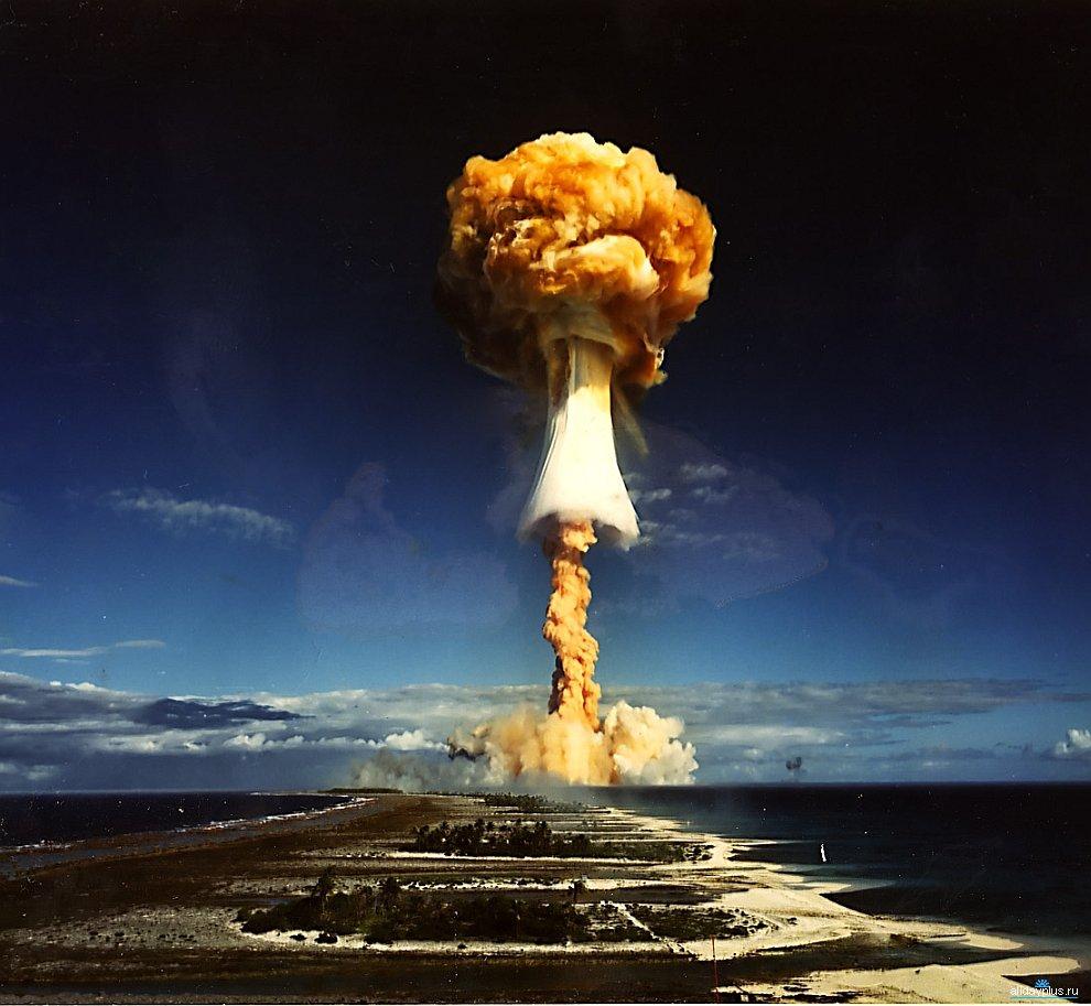 Ядерное оружие, испытания