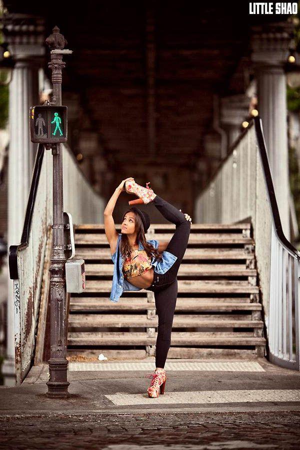 Танцоры и танцовщицы в фотографиях Little Shao