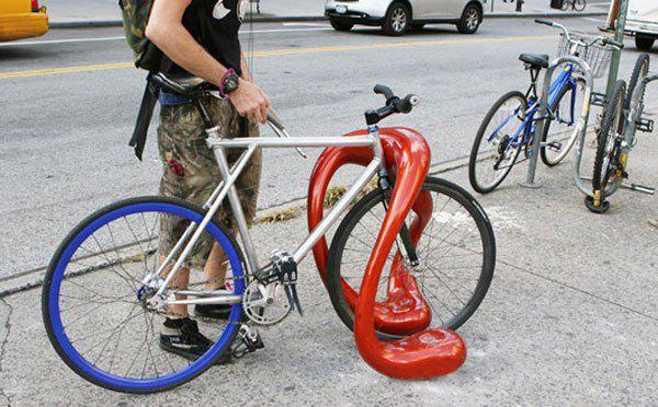 Прикольные Велосипедные стойки