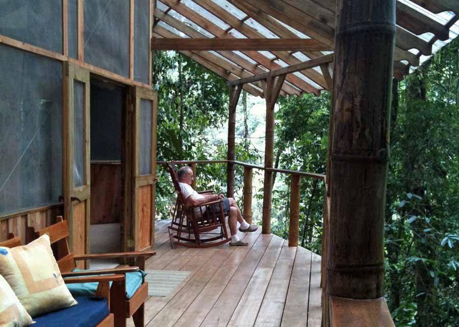 Фантастическая деревня на деревьях в Коста-Рике
