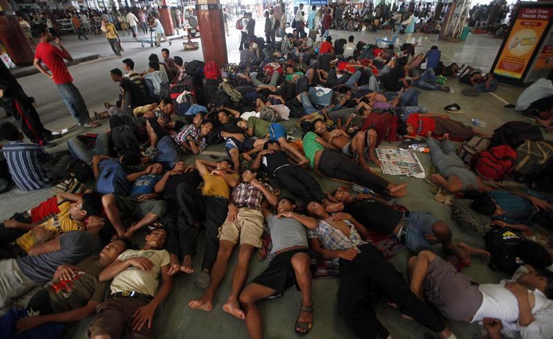 Ужасы железнодорожного транспорта в Индии