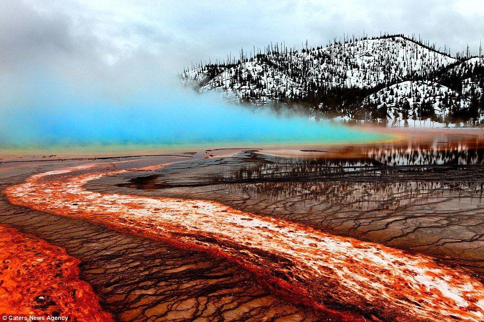 Экстремальное фотографирование извержения вулкана