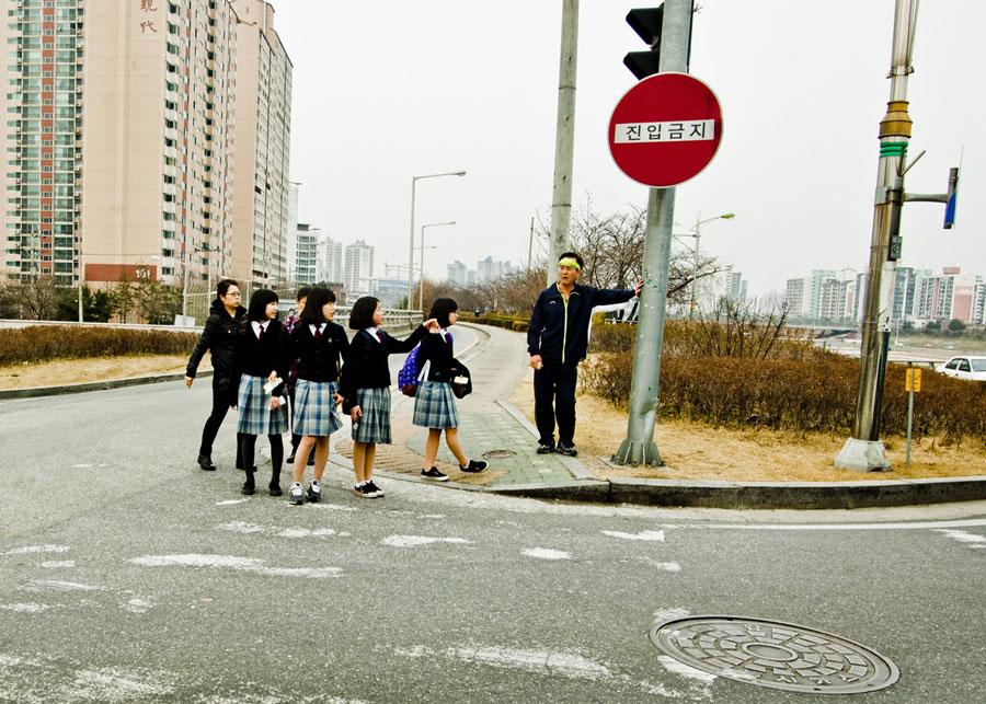 Улица Лоу-Стрит, Сеул