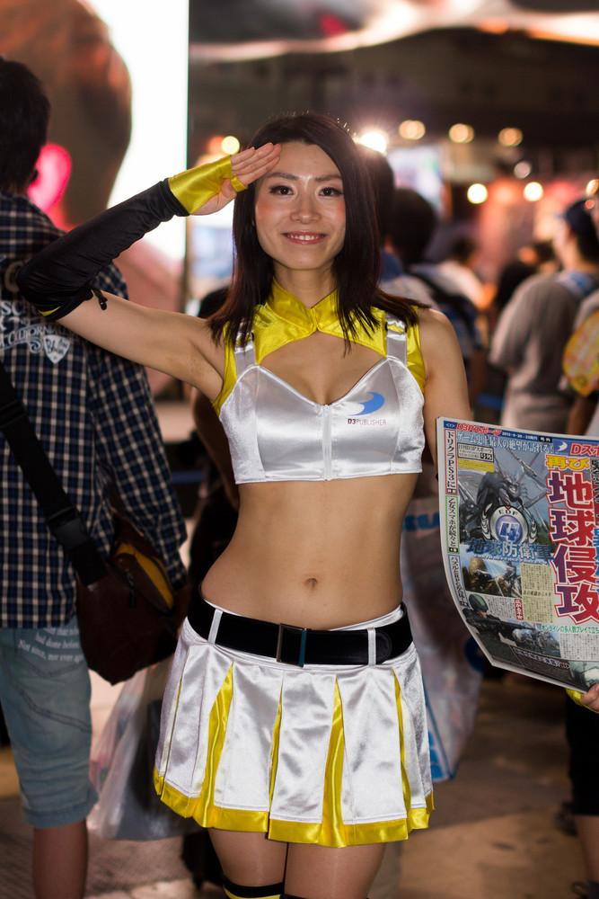 Девушки с Tokyo Game Show 2012