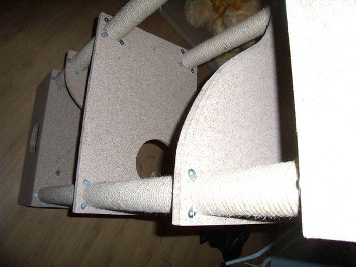 Строим домик для любимого кота