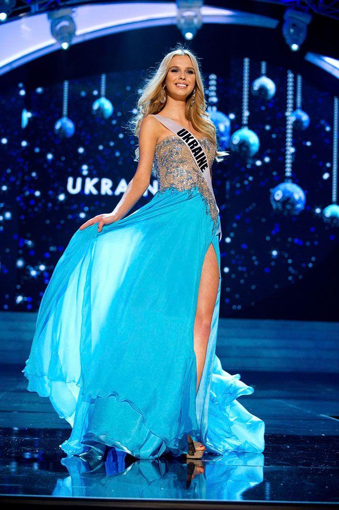 Конкурсы красоты вечерние платья