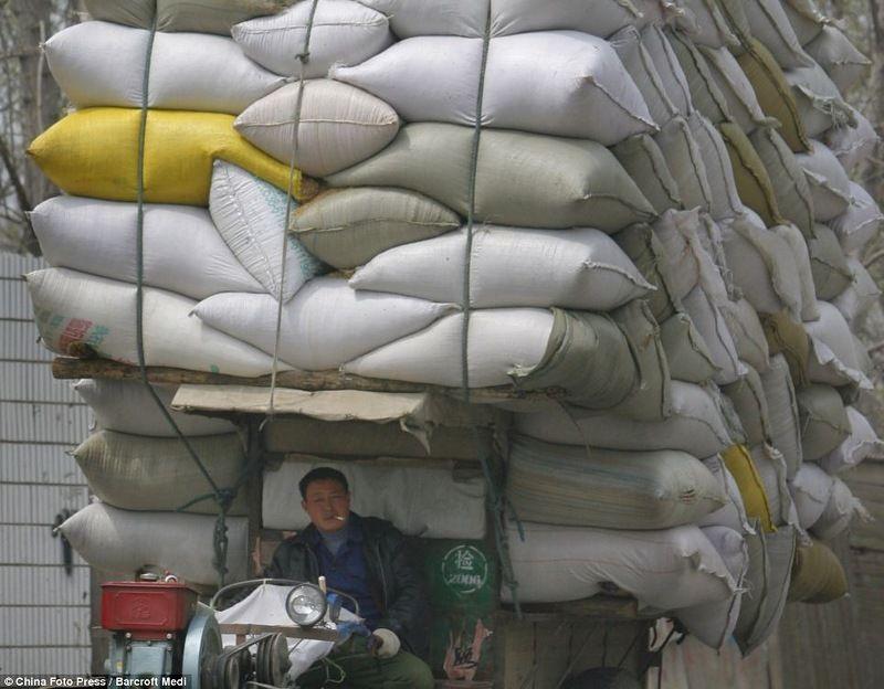 странные грузоперевозки в Китае