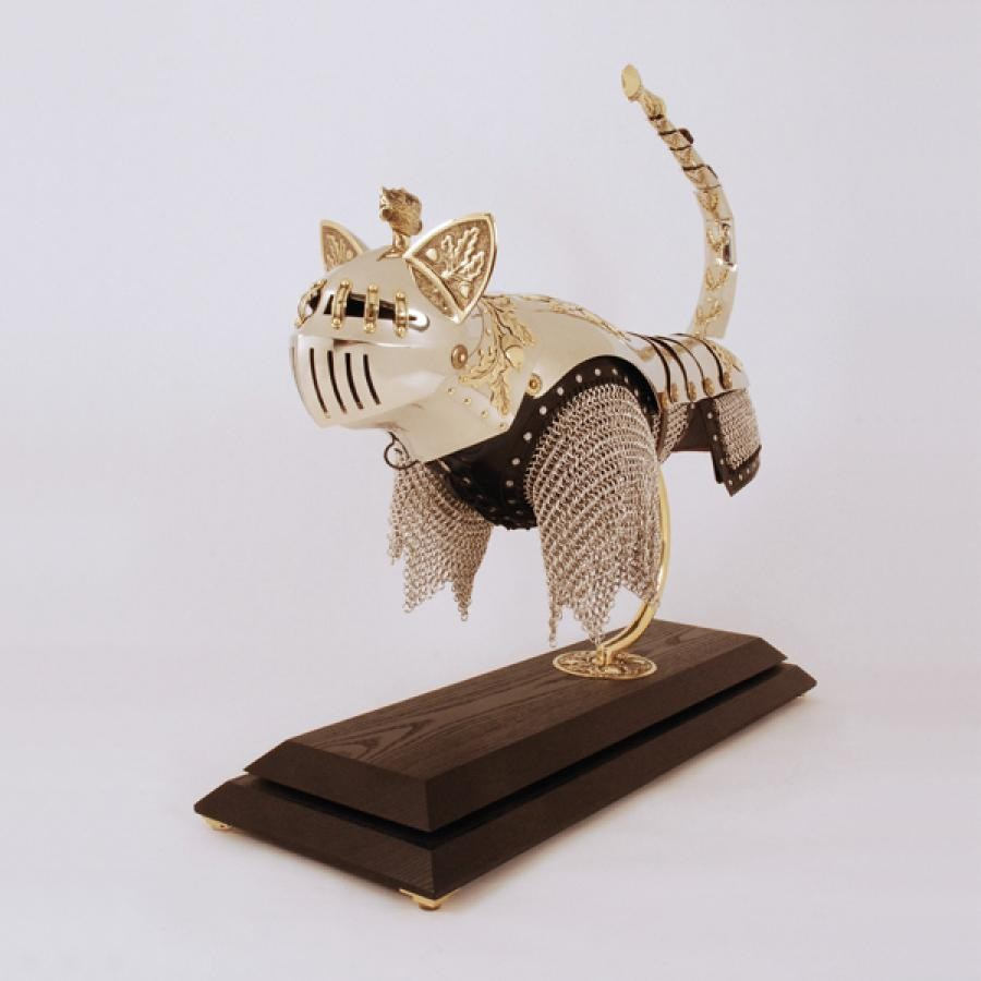 Доспехи для кошек и мышей