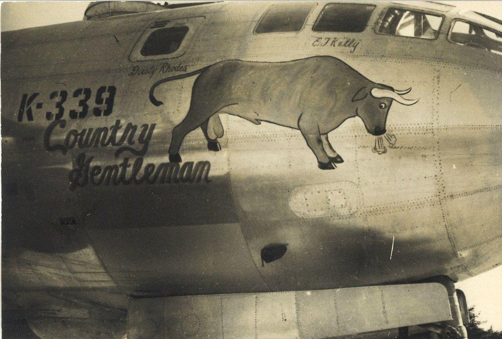 Рисунки на американских бомбардировщиках