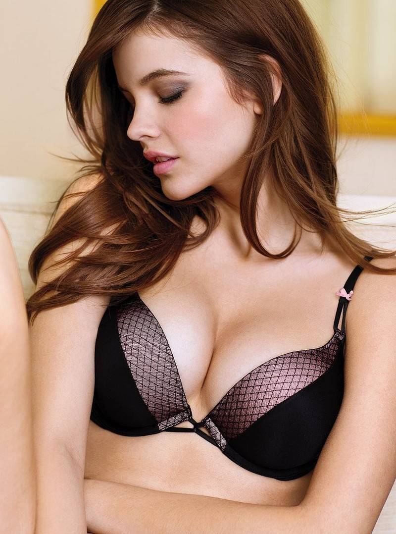 Barbara Palvin – Victoria's Secret Lingerie Photoshoot