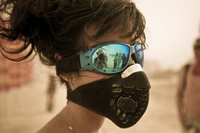 Участницы фестиваля Burning Man