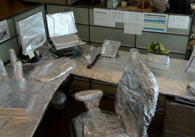 Розыгрыши офисных работников
