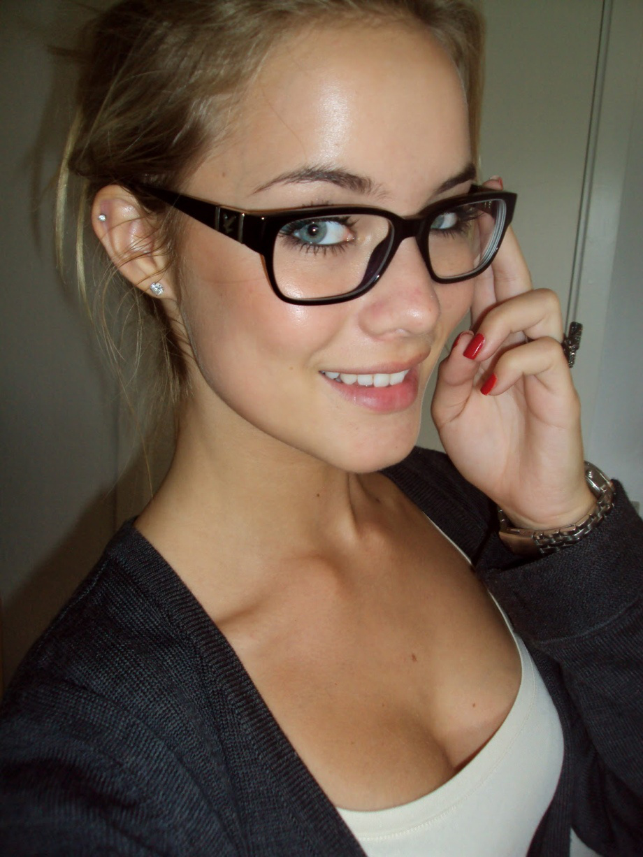 Секс с очках девушки фото 21 фотография