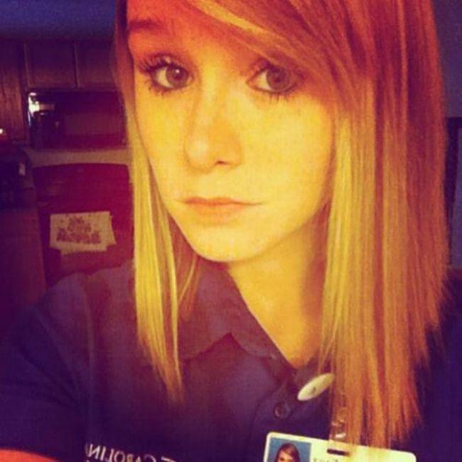 Самострелы скучающих на работе девушек