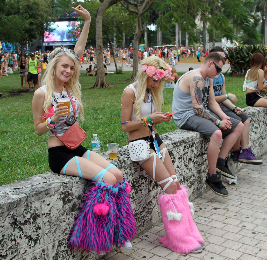 Девушки на Ultra Music Festival 2014