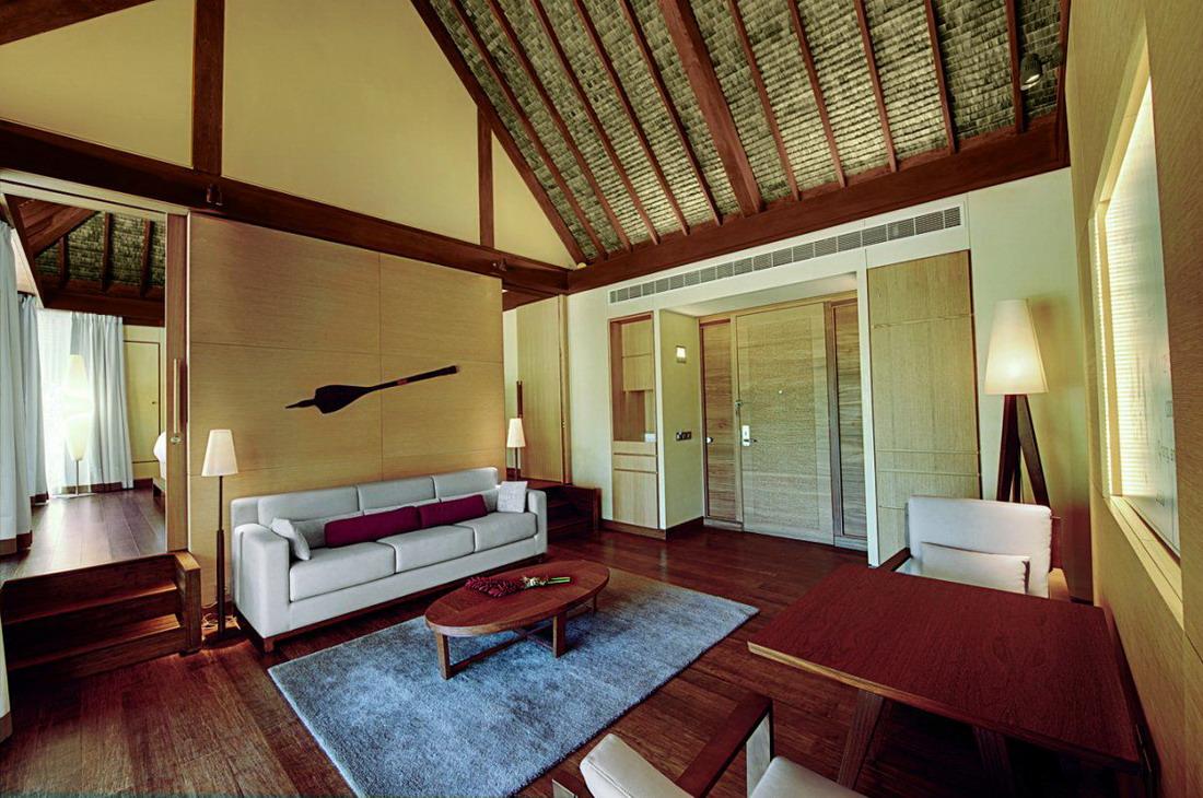 Экскурсия по частному курорту Марлона Брандо
