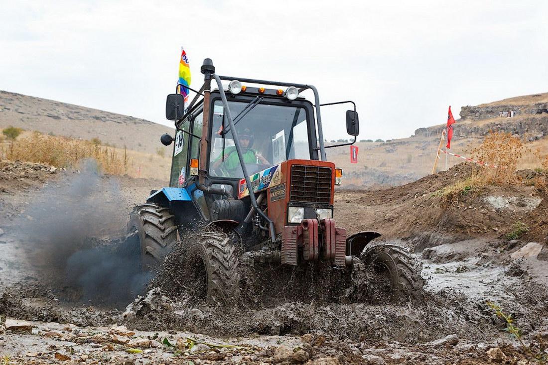 Смотреть відео тракторів 24 фотография