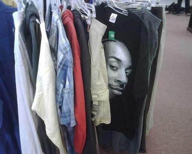 Классические примеры Photobombing'a с помощью футболок