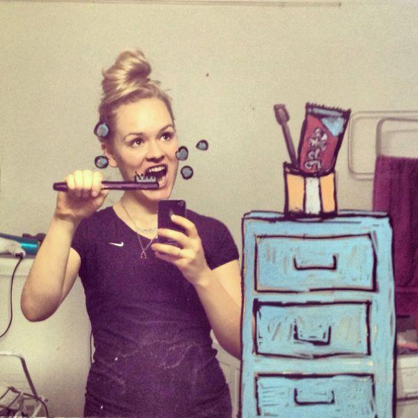 Артистичные селфи из ванной комнаты