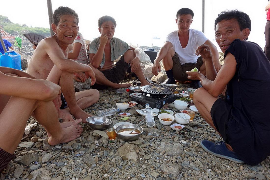 День на пляже в Северной Корее