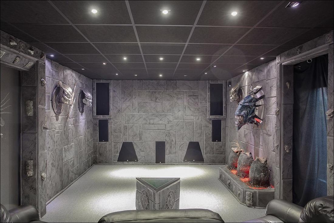 Продается дом поклонника фантастики за 320 000$