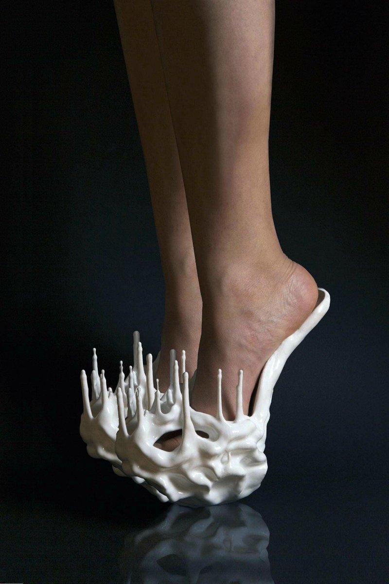 Обувь, которая подойдет для пыток