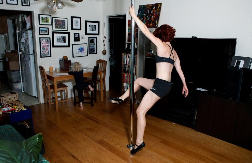 Танцы на шесте в домашних условиях