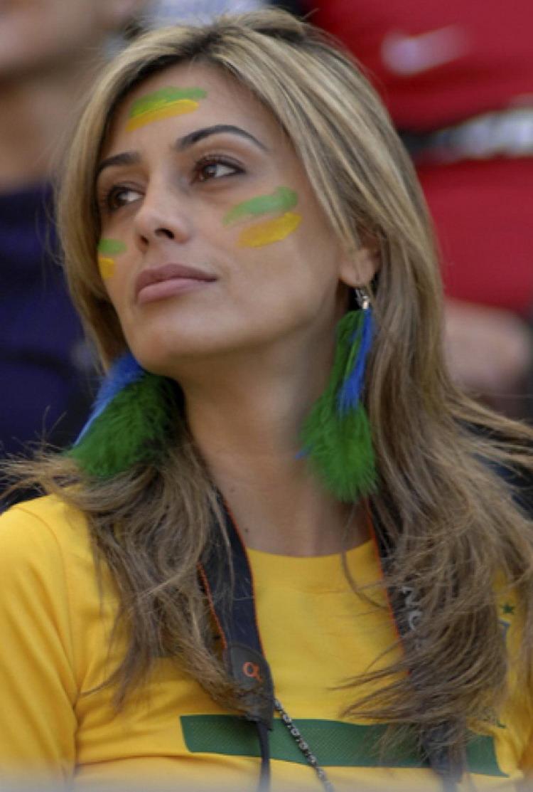 Горячие бразильские болельщицы