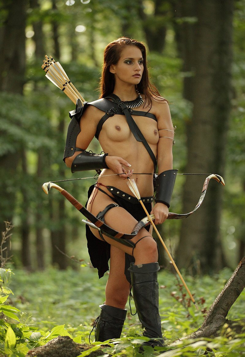 Cute dark skin female warrior sword nude  hentia picture