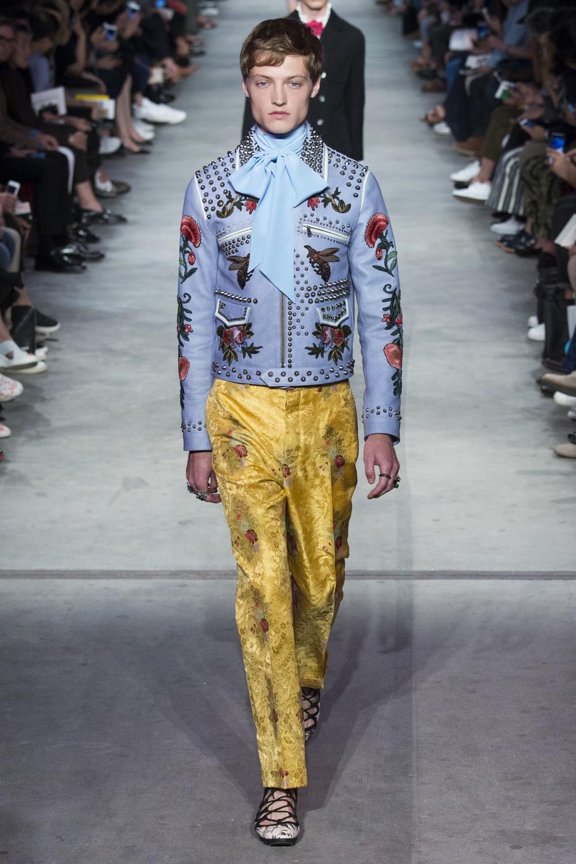 Мужская коллекция весна-лето 2016 от Gucci