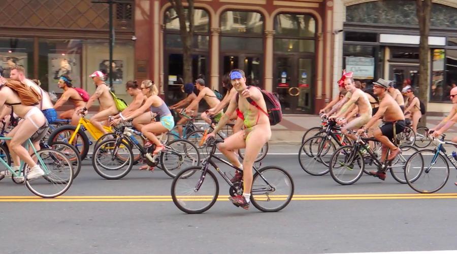 Голый велопробег в Филадельфии