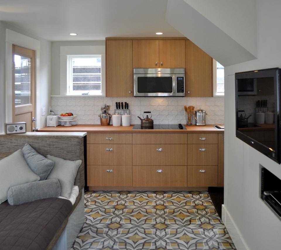 Компактный но уютный домик для гостей